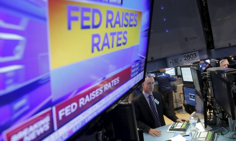 Rates are Rising, But the Dollar is … Falling? What Gives?